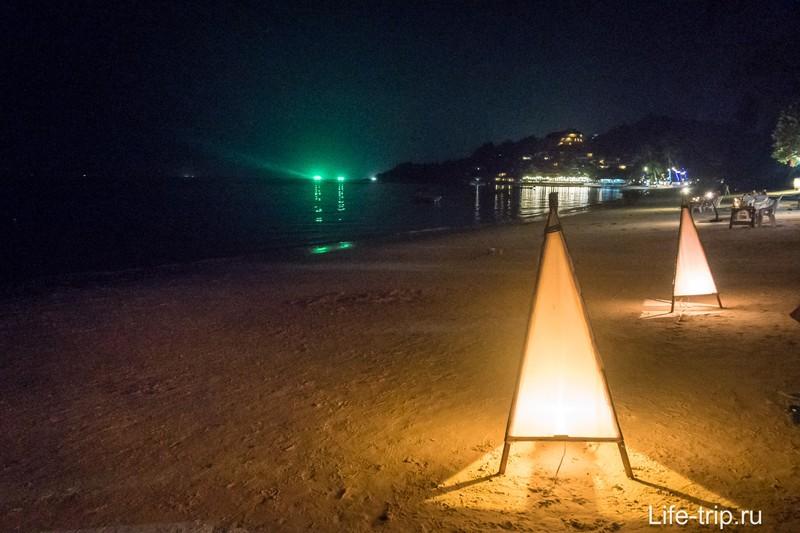 Vagga bar на Пангане - кокосовый шейк с видом на море