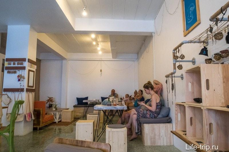 Кофейня Dots Coffee  - лучший кофе на Пангане
