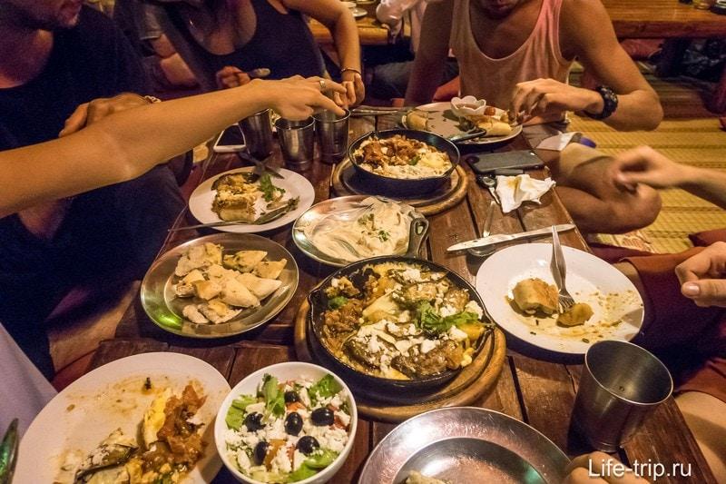 Вегетарианский ресторан Taboon на Пангане - израильская кухня