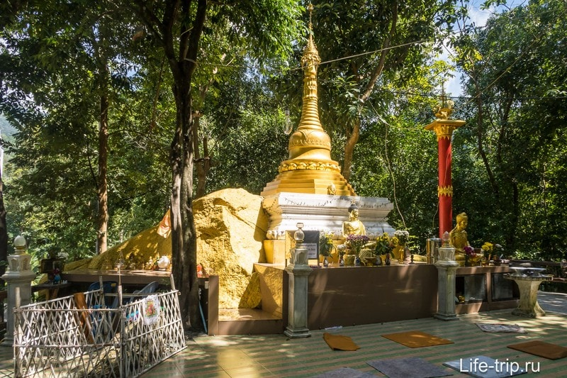 Wat Paa Sang Tham на Пангане - новый буддийский храм