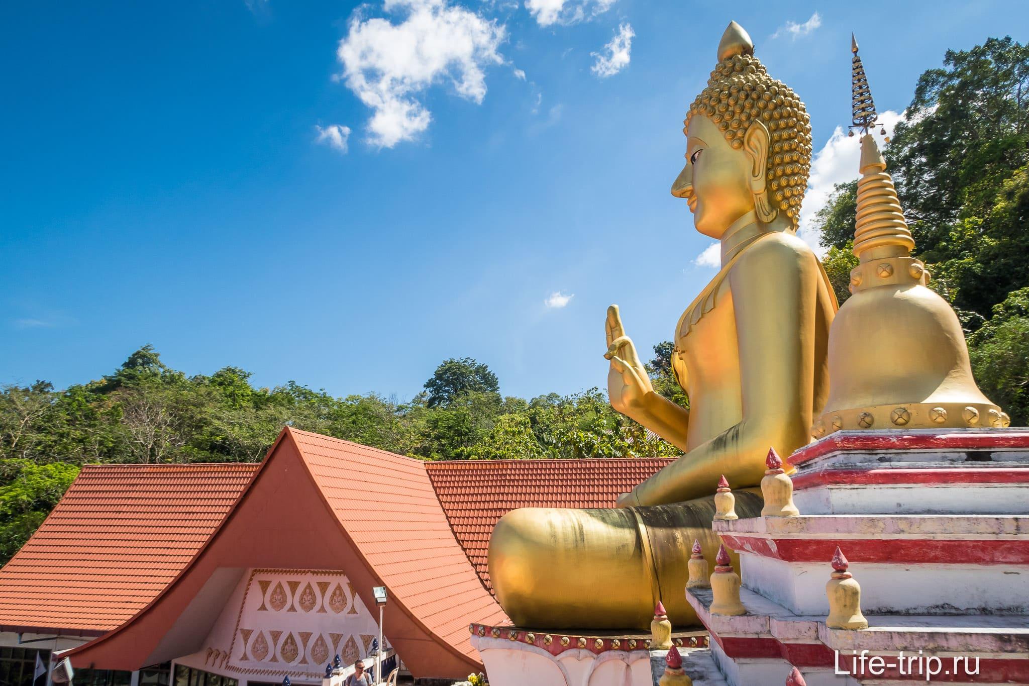 Золотой Будда на Пхукете
