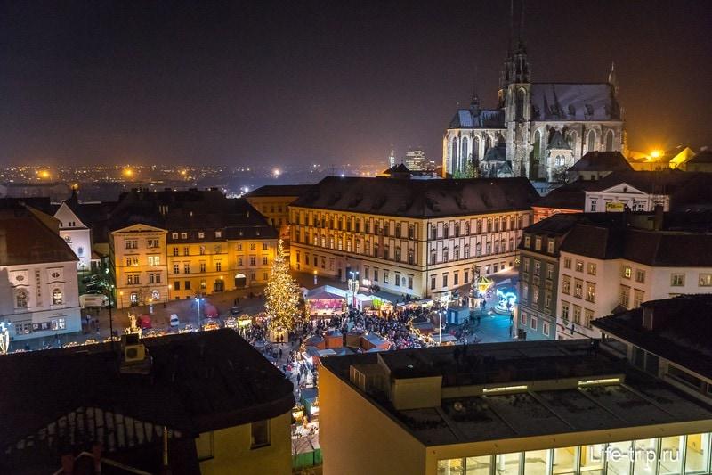 Центр Брно и рождественнский рынок