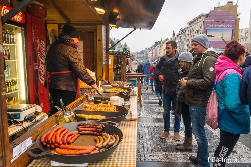 Стандартный набор уличной еды