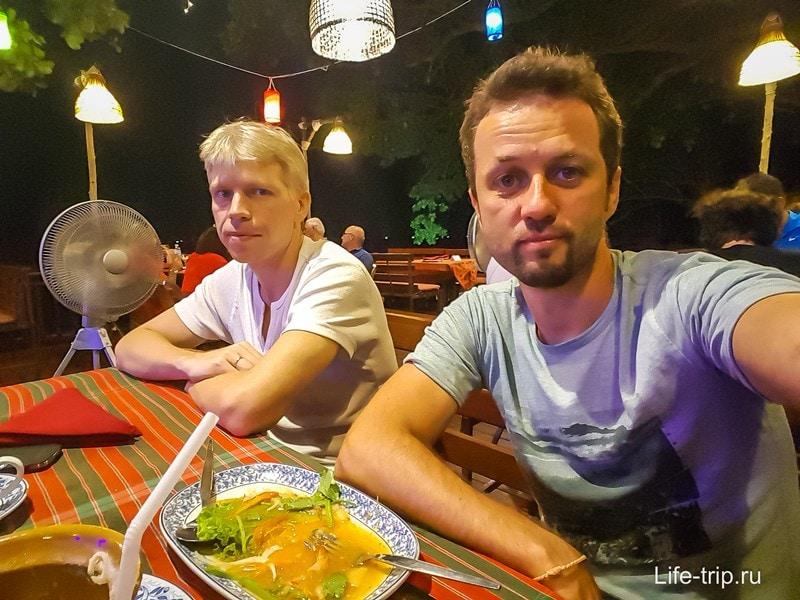 Ресторан Капуста и Презервативы в Паттайе - очень милое местечко