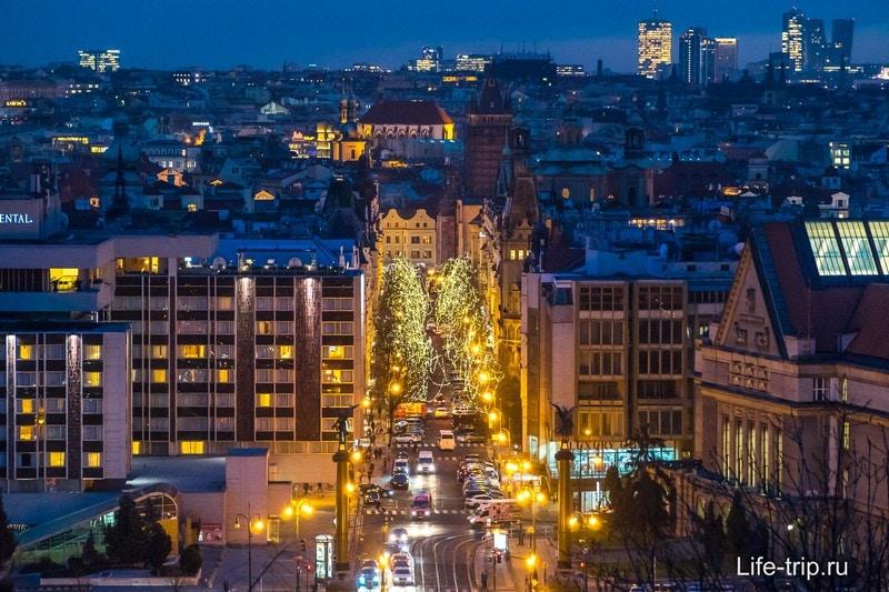Прага довольно красивая в новогодние праздники