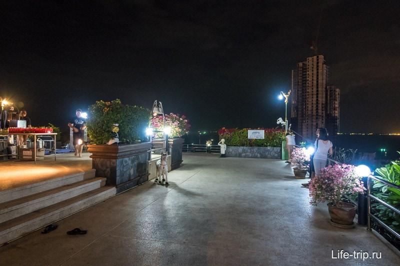 Смотровая площадка вечером