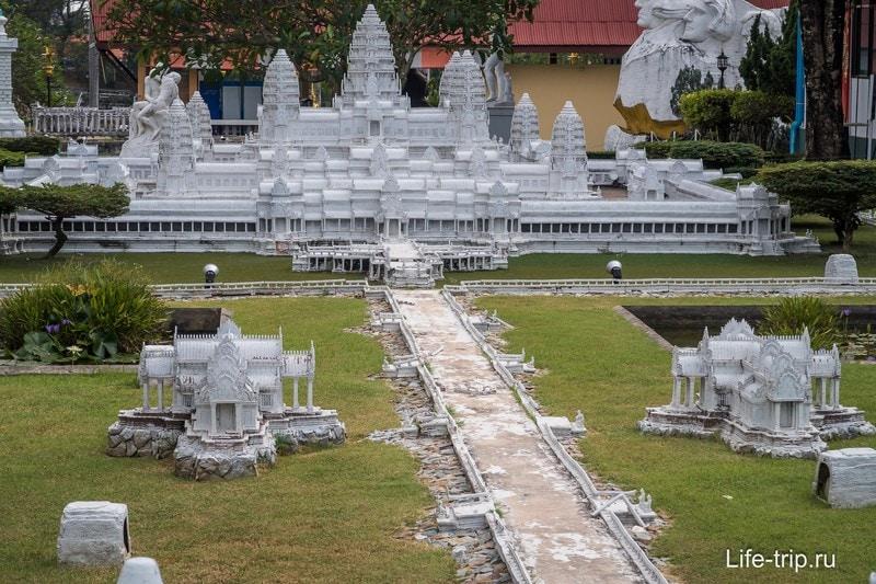 Макет Ангкор Вата