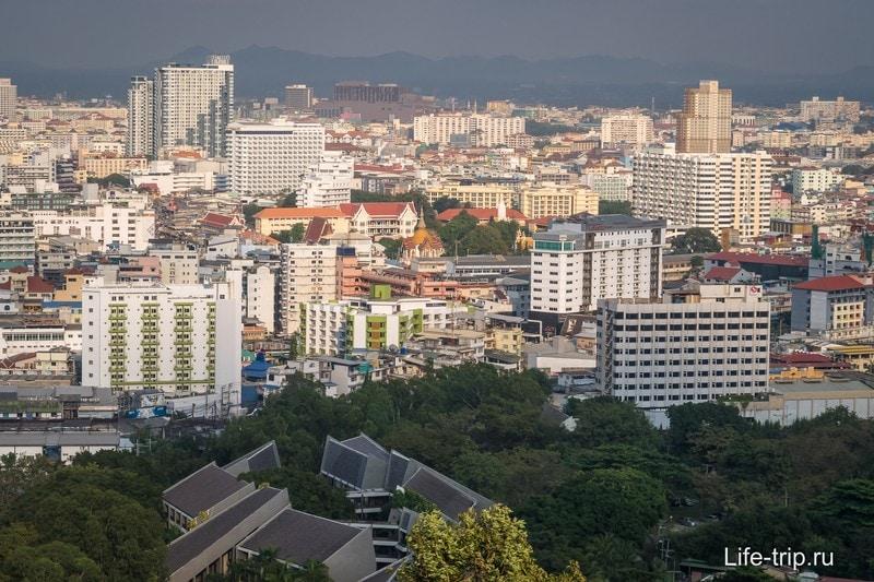 Вид на центр города со смотровой