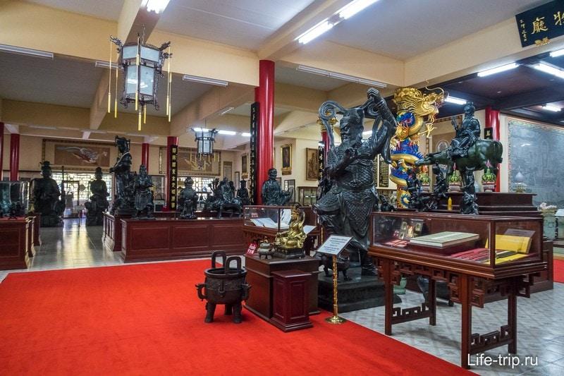 Китайский храм в Паттайе - рекомендую посмотреть