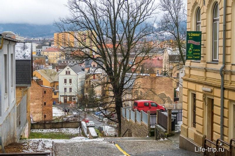 Вид и старого города на соседний район