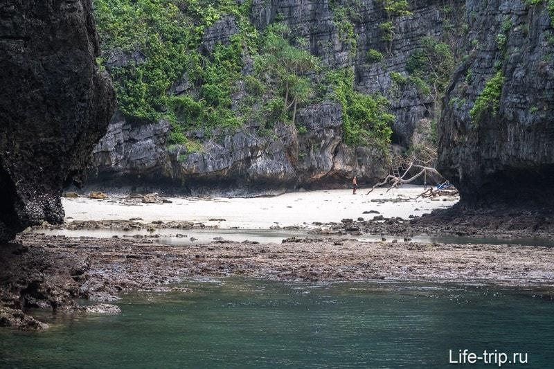 Бухта Пи Ле на острове Пхи-Пхи Ле