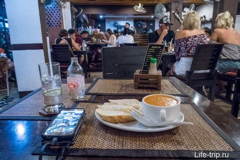 Хороший Anna's Restaurant на Пхи Пхи - сходил и проверил отзывы