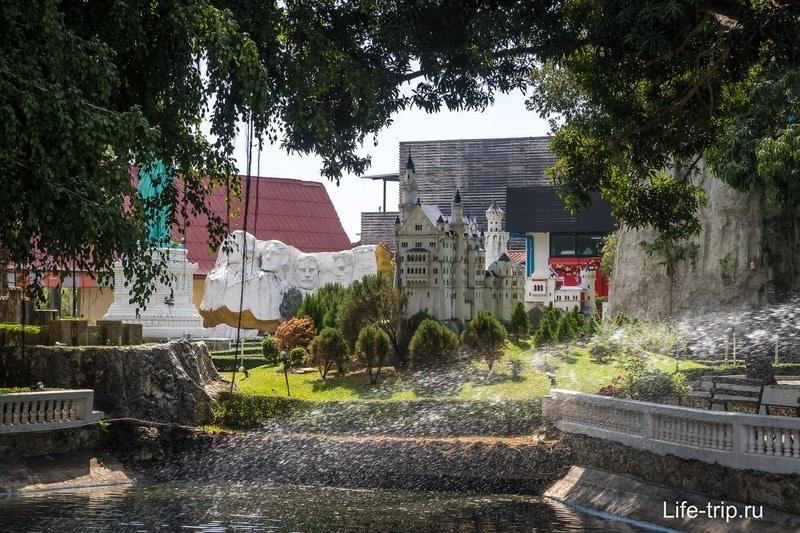 Парк Мини-Сиам в Паттайе - мировые мини достопримечательности