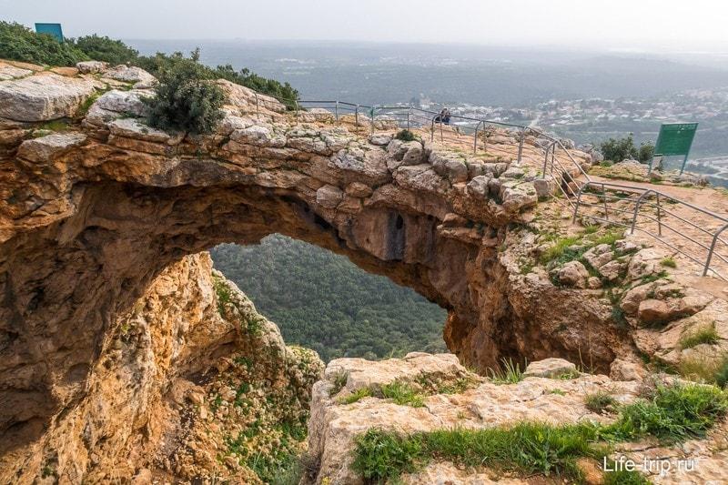 Пещера-радуга, Keshet Cave