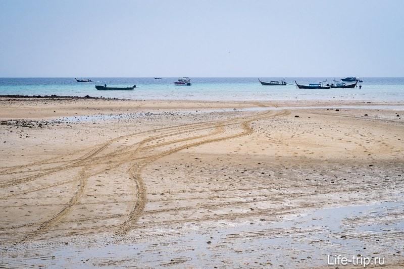 Пляж Ло Ба Као на острове Пхи Пхи Дон