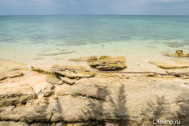 Левая часть пляжа Лонг Бич на Ланте