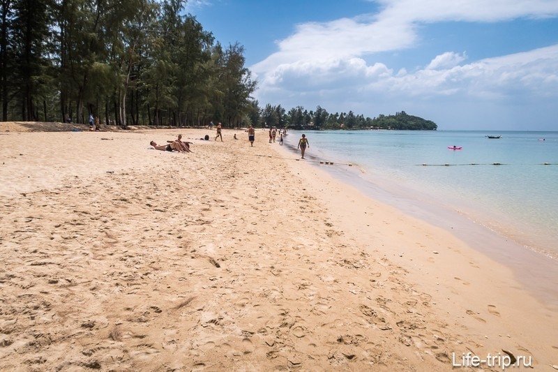 Центральная часть пляжа Лонг Бич на Ланте