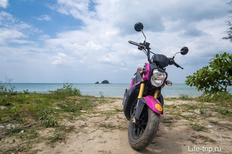 Ао Ко Кванг (Ao Kaw Kwang)  - прогулочный пляж с набережной