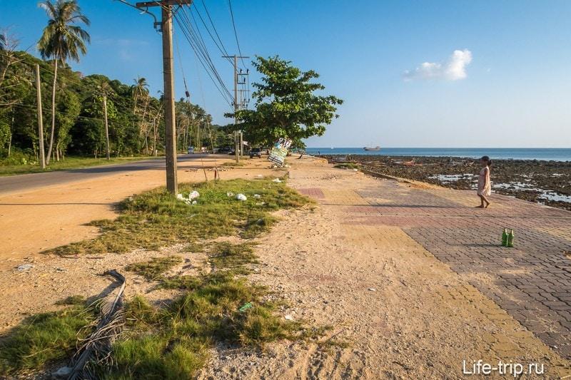 Пляж Клонг Тоаб на Ланте