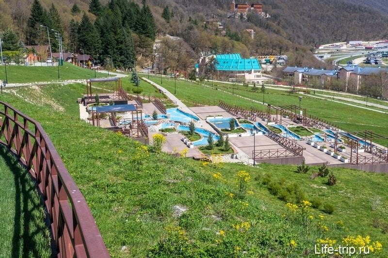 Небольшой аквапарк на территории Фруктового Сада