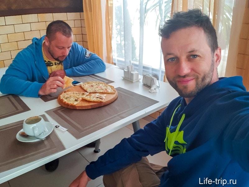 Пиццерия Milano - неуютное, но вкусное место в Адлере