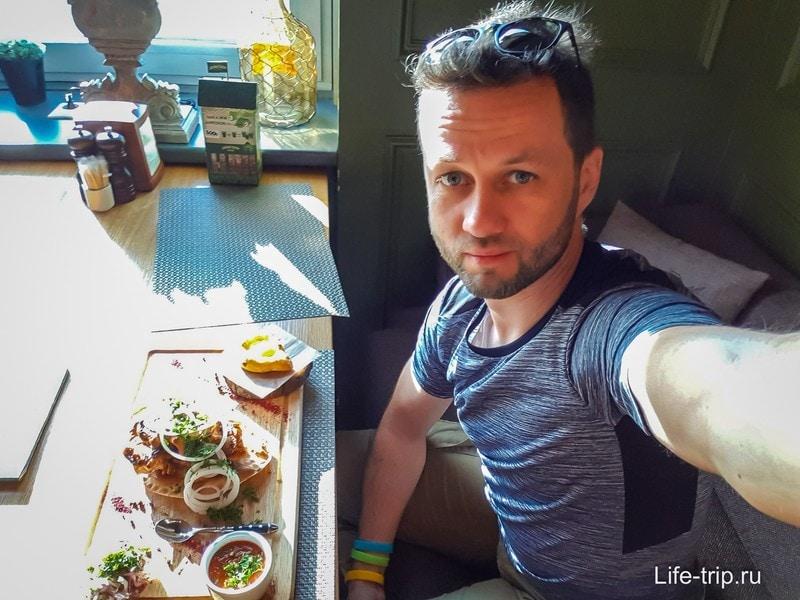 Ресторан Хмели & Сунели - вкусно поесть в Адлере