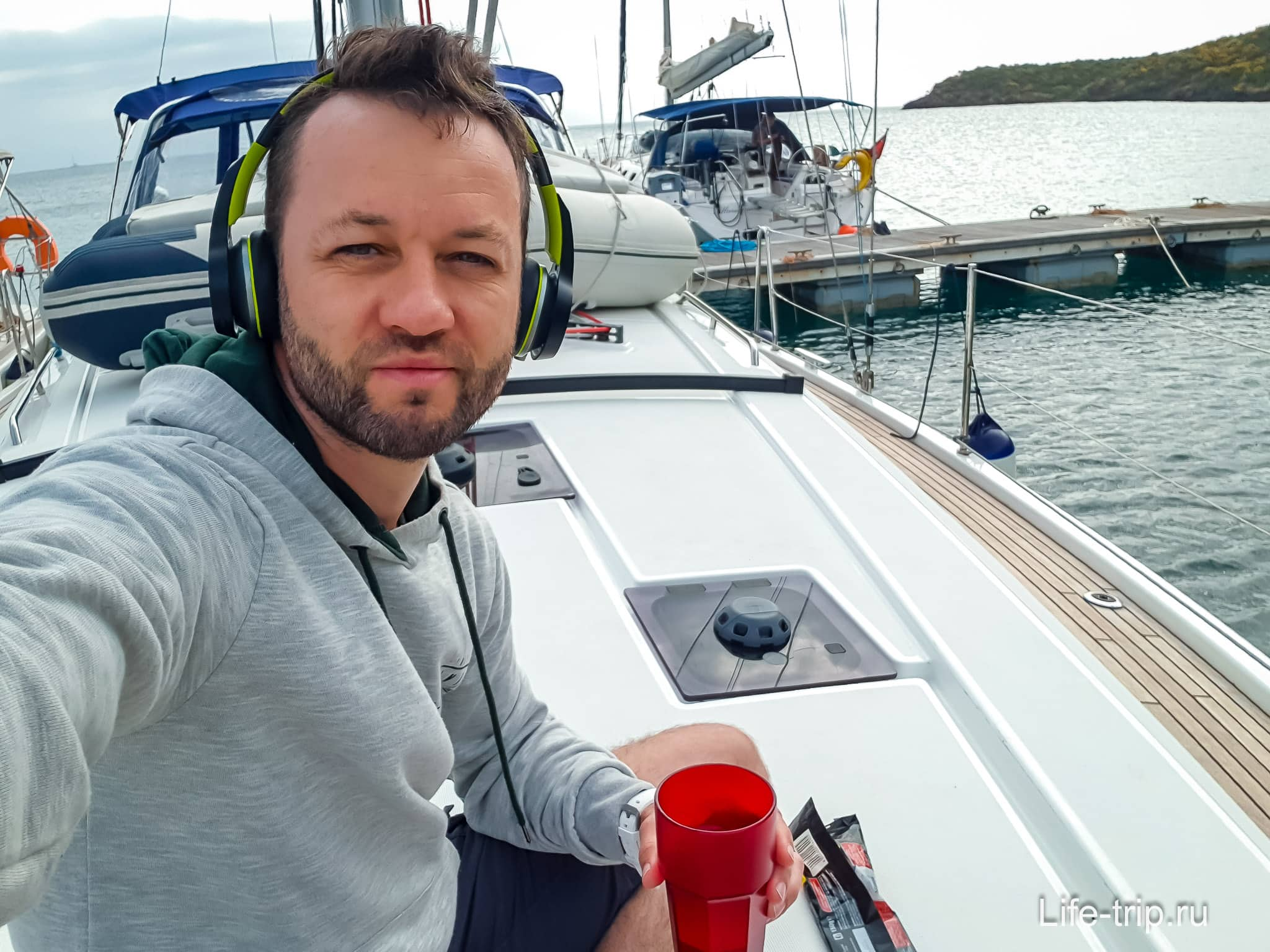 На яхте по Сицилии - каждое утро, кофе и Ambient