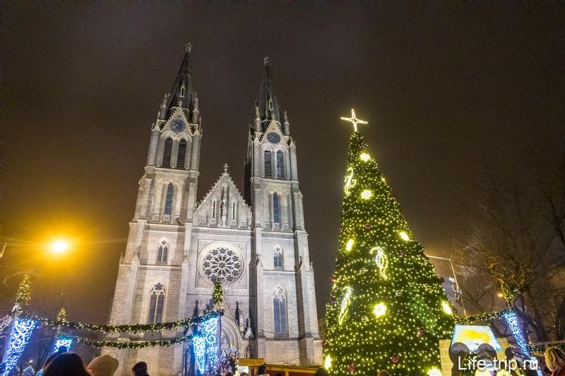 Церковь святой Людмилы в Праге