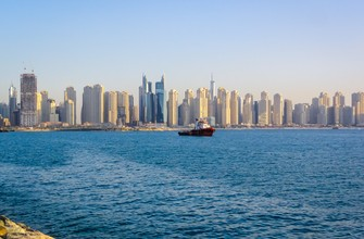 Дубай - сплошные небоскребы