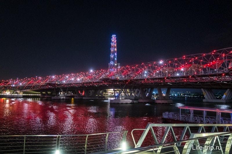 Мост Helix в Сингапуре - в виде молекулы ДНК