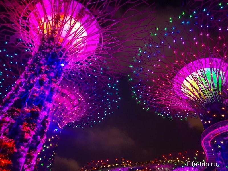 Световое шоу с деревьями из Аватара в Сингапуре - обязательно к просмотру!