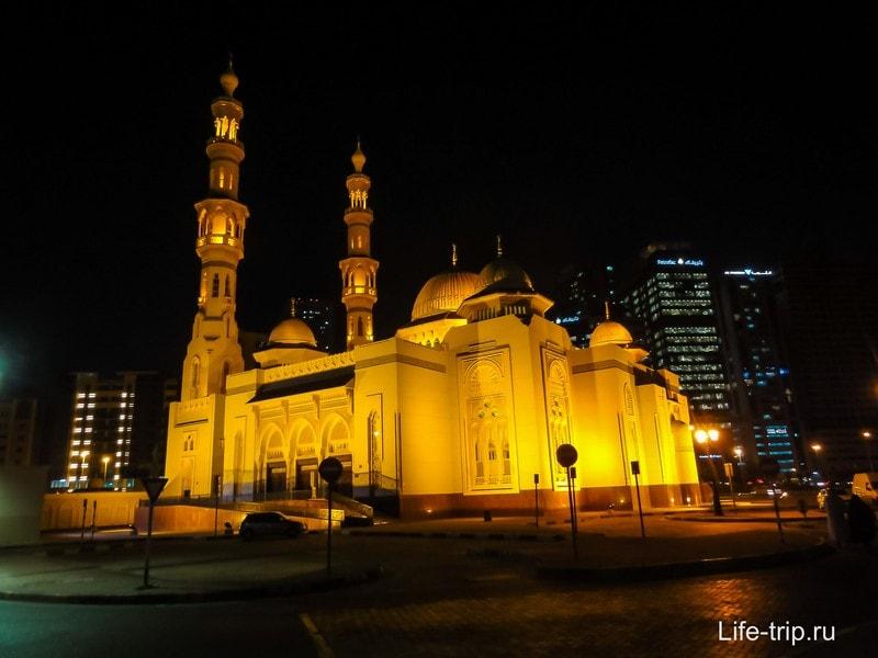 ОАЭ - мусульманская страна