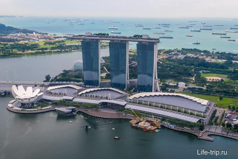 Знаменитый отель Marina Bay Sands