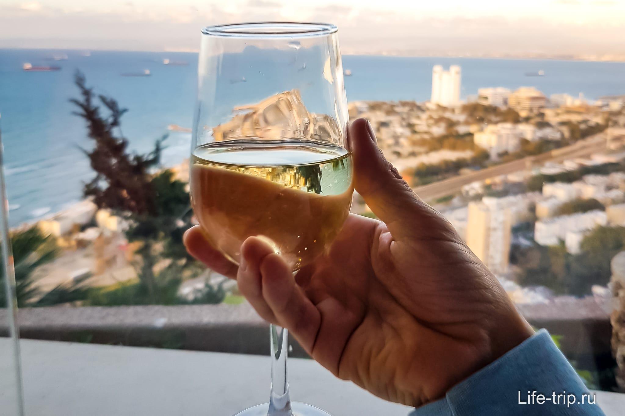Туристическая страховка и алкоголь