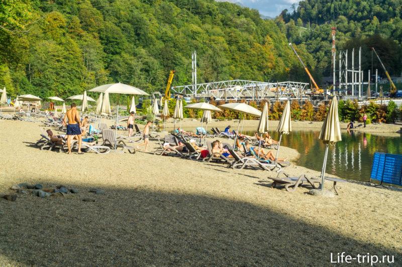 Искусственный пляж в Роза Хуторе - который не на море