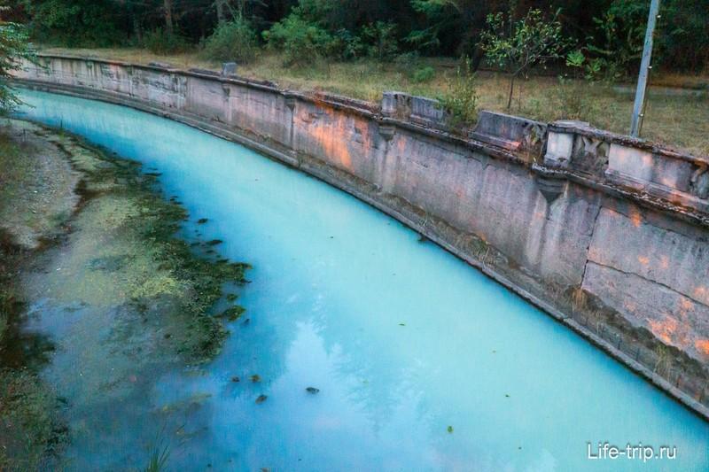 Цвет воды в реке Мацеста умопомрачительный