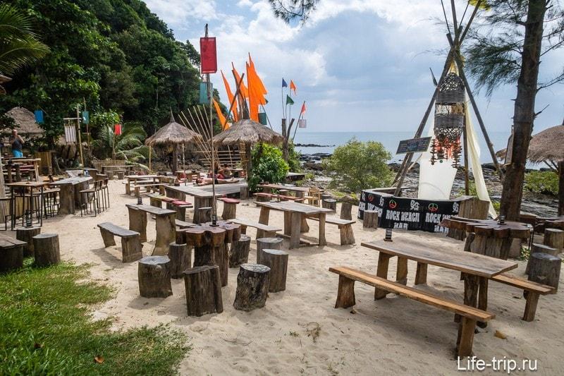 Rock Beach Bar на Ко Ланте