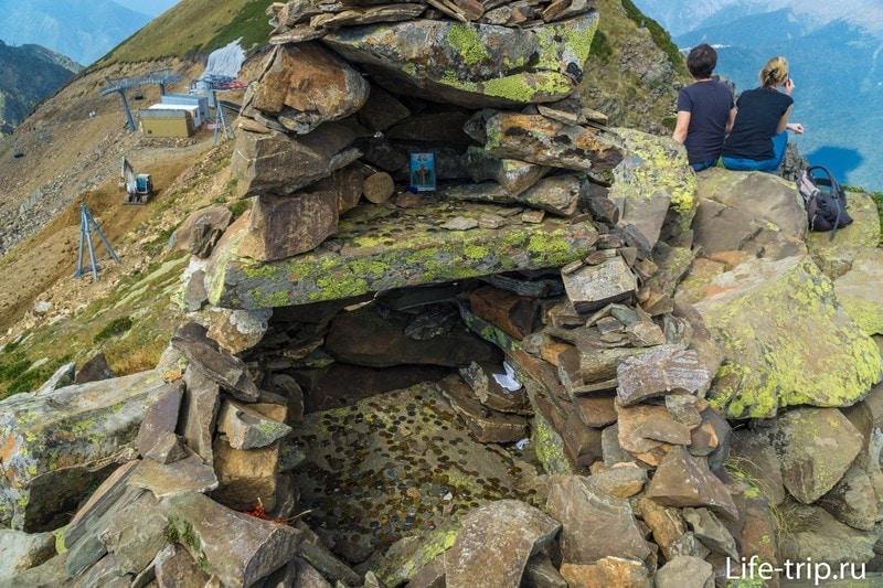 Каменный Столб 2509м в Роза Хутор - отличный трекинг для начинающих
