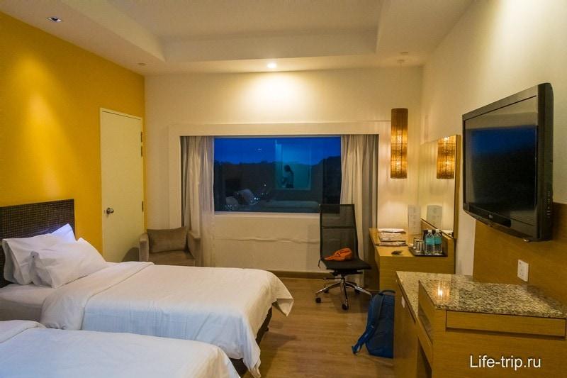 Транзитный отель около аэропорта Чанги в Сингапуре - Village Hotel Changi