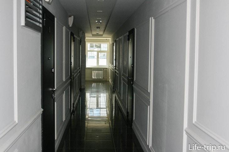 Коридор отеля на 3-м этаже