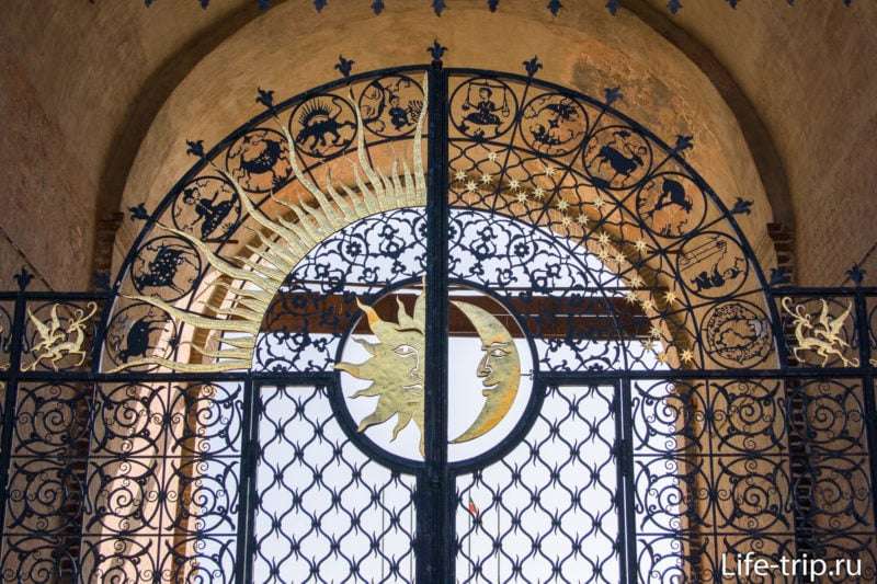 Ворота башни