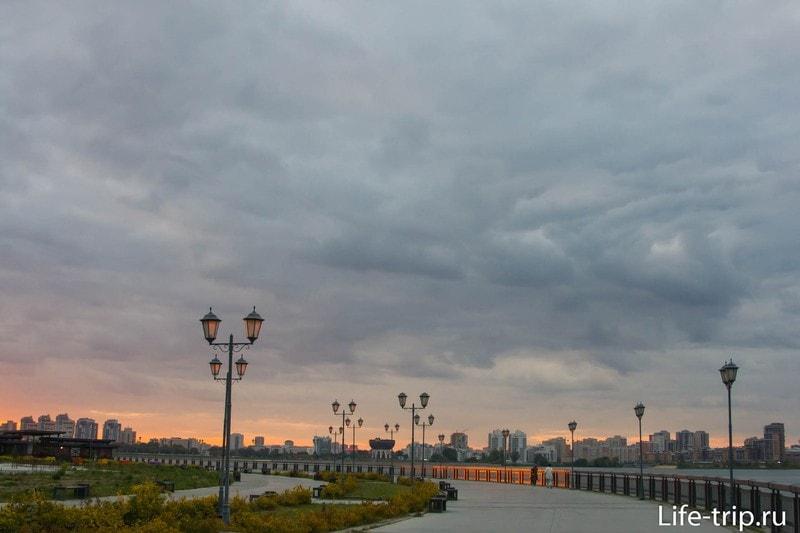 Кремлевская набережная - лучшая велодорожка в Казани