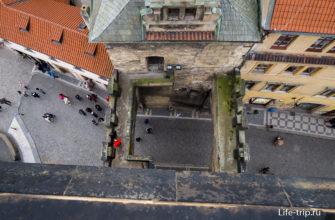 Вид на балкон сверху