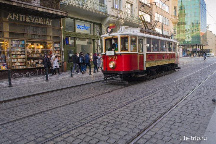 Трамвай № 23 в Праге