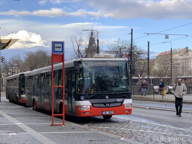 Автобусы в Праге –  стыковочный транспорт