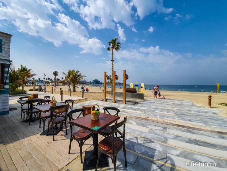 Пляж LA Mer