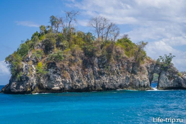 Остров Батумеджинонг (Pulau Batumejinong)