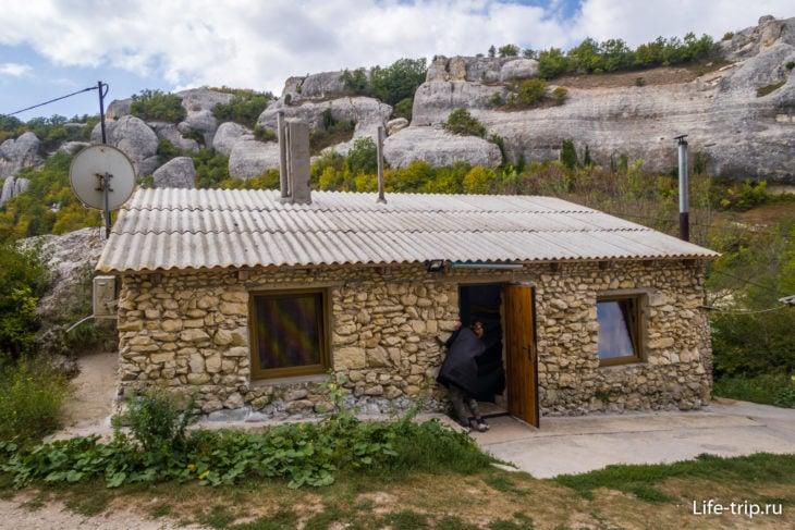 Пещера с двумя спальнями в усадьбе «Эски Кермен»