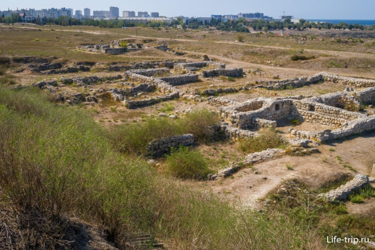 Раскопки квартала LX