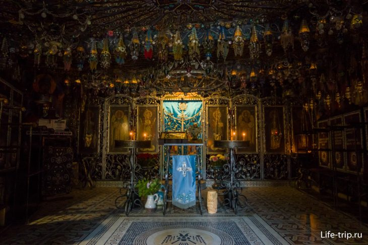 Бисерный храм изнутри